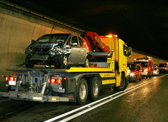 """Rothenbrunnen: Unfall auf A13 im """"Isla Bella""""-Tunnel"""
