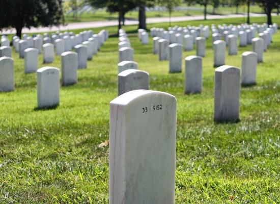Gräberabruf auf dem Friedhof Cazis