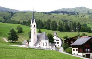 Die Kirchendachsanierung kommt aus dem Risch-Fonds. (Symbolbild)