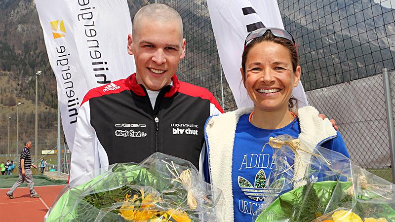 Bei der Rangverkündigung wird um die Wette gestrahlt. (Bild: www.fruehlingslauf.ch)