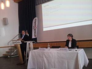 Präsident Marcel Friberg und CEO Myriam Keller präsentieren die neue Strategie.