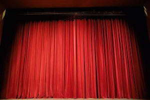 """Der Theaterverein führt das Stück """"Älplerleba"""" auf. (Symbolbild)"""