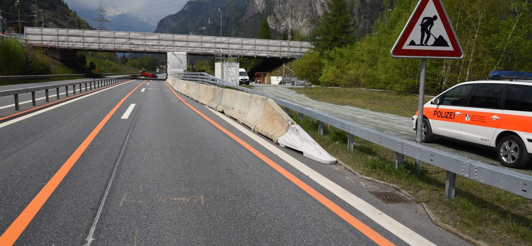 Unfall auf der A13 in Rothenbrunnen