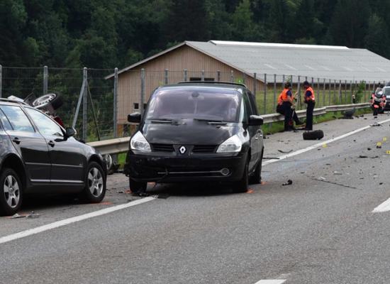 Unfall auf A13 bei Zillis