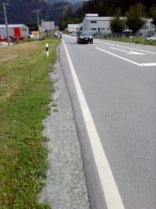 Der Weg zu Aldi Domleschg von Thusis her (Foto: DZ)